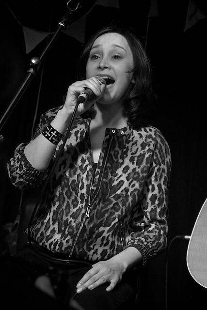 Echobelly (acoustic) at Surya