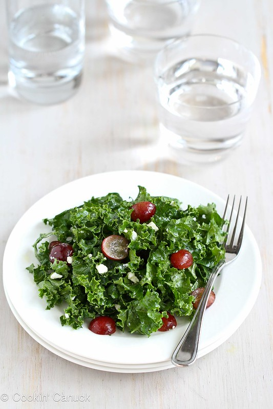 Chopped Kale Salad Recipe with Grapes & Feta Cheese, 129 calories and 3 Weight Watchers SmartPoints#recipe #salad #vegetarian