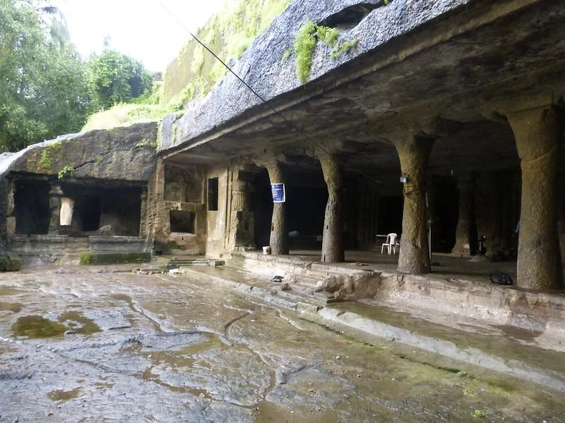 Mandapeshwar Caves - courtyard