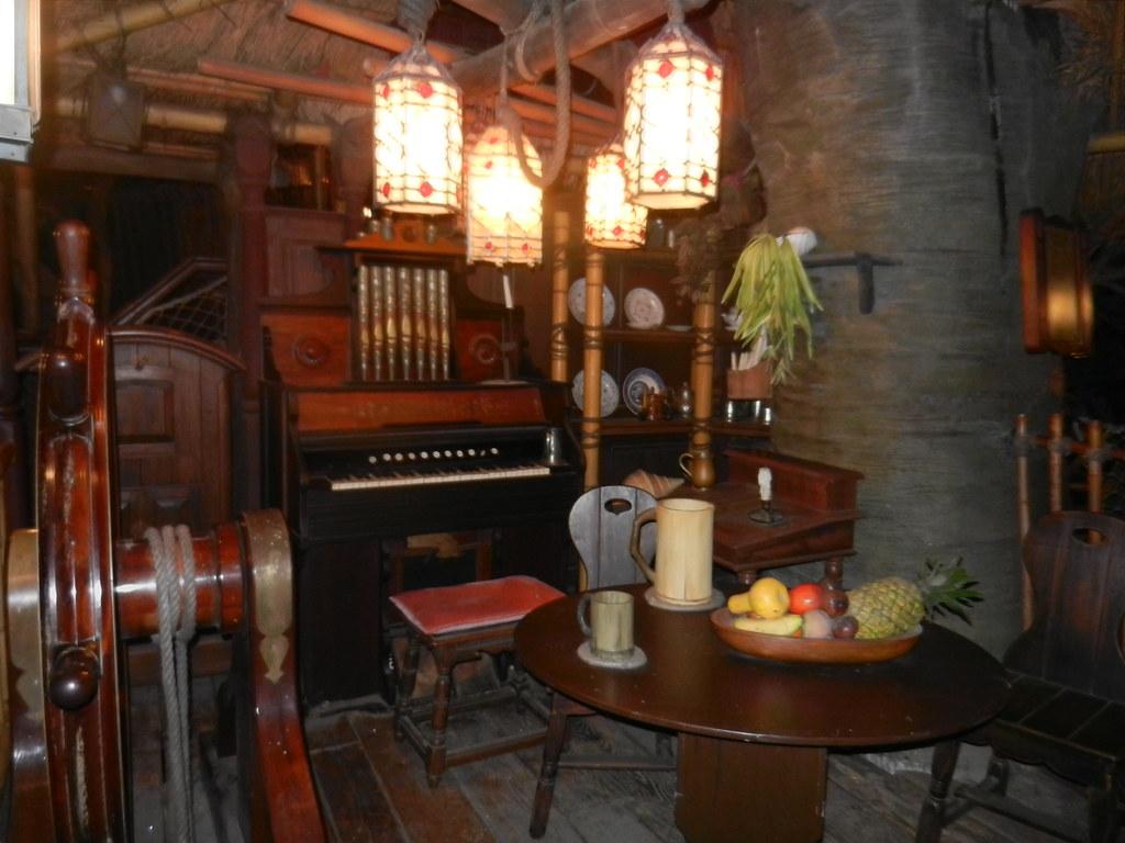 Un séjour pour la Noël à Disneyland et au Royaume d'Arendelle.... - Page 8 13902393826_a2d0b83821_b