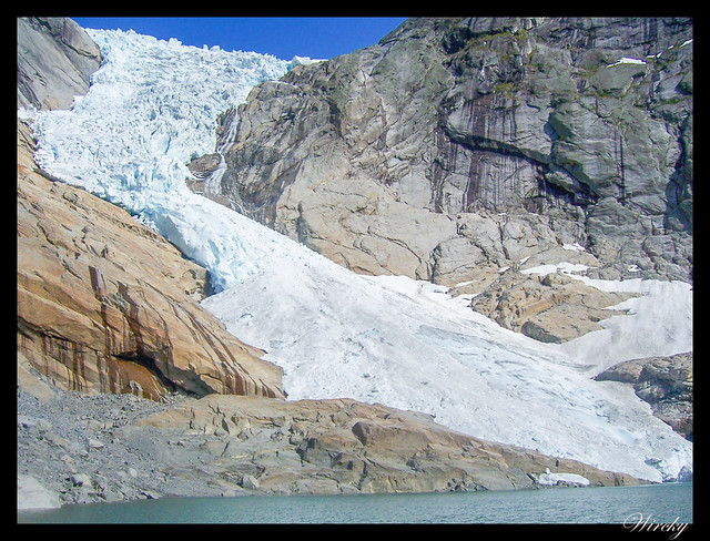 Fiordos noruegos Storfjord Geiranger Hellesylt Briksdal Loen - Glaciar de Briksdal