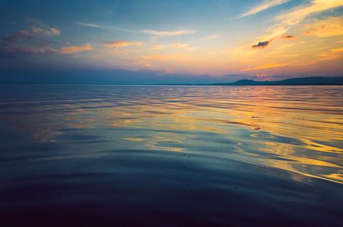 sunset lake surface mongolian tamir nuur arkhangai ugii монгол нуур архангай баярсайхан bayarsaikhan tamirglz өгий tamiglz тамир тусгал жактур