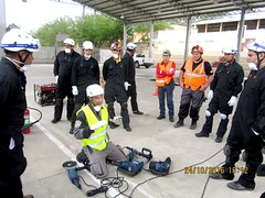 62 personas reciben capacitación de bomberos españoles