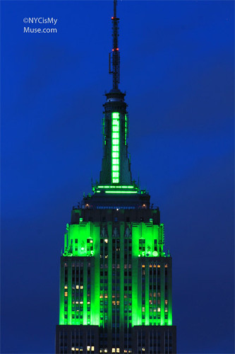 Close-up: Empire State Building dressed in green for Earth Day