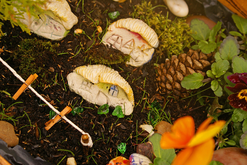 fairy garden washing line