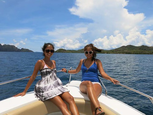 Two Seasons Coron- speedboat