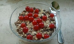 Cereals and currants
