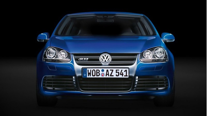 volkswagen-golf-r32-mkv