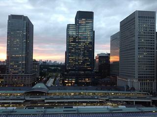 Night falls in Tokyo