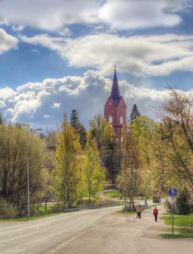 road street trees sky cloud tree church clouds suomi finland landscape geotagged spring tie cumulus puu hdr maisema kirkko pilvet puita maisemakuva mäntsälä pilvi kevät puut taivas katu tonemapped tonemap 5exp handheldhdr