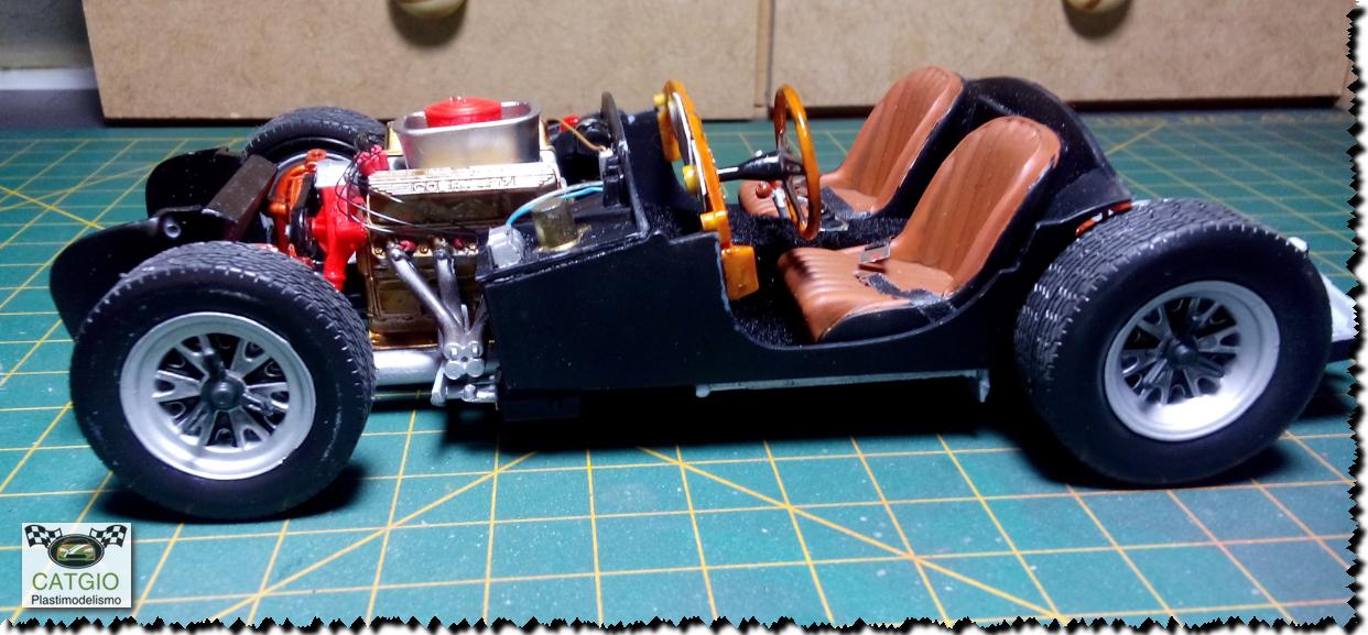 Shelby Cobra S/C - Revell - 01/24 - Finalizado 24/04 - Página 2 17200969786_c9a6a4f5c4_o