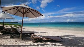 Imagen de Public beach cerca de Quatre Cocos.
