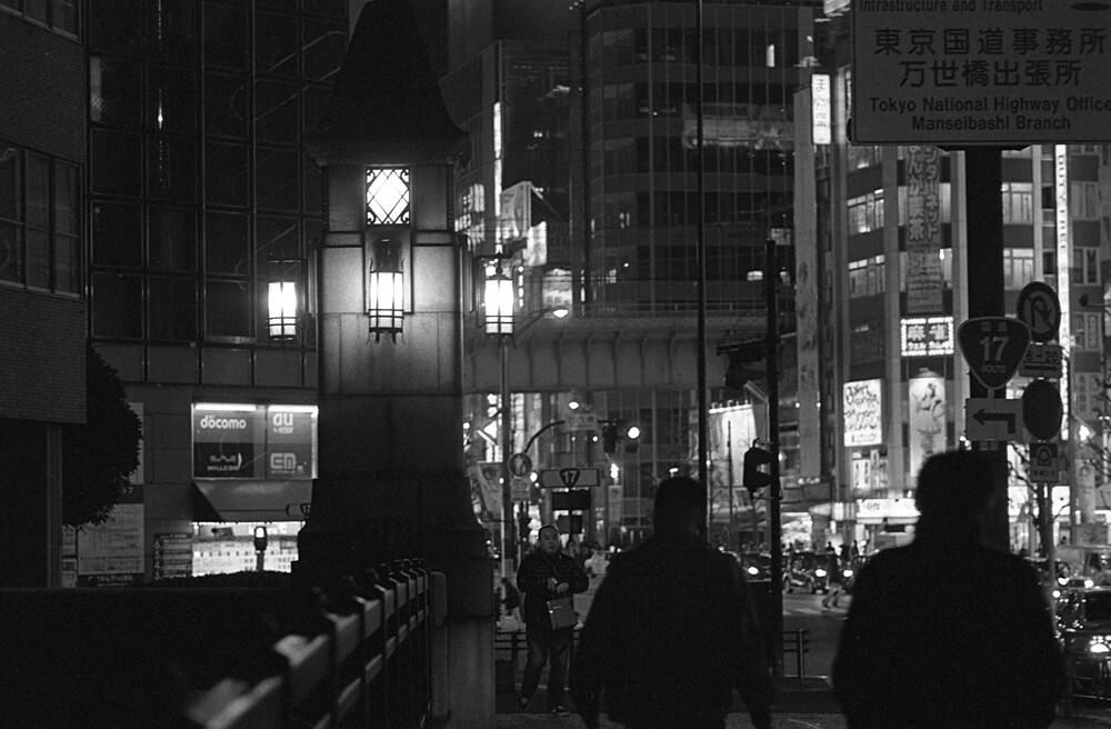 夜の万世橋