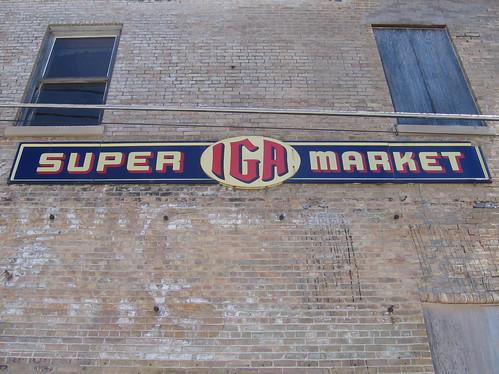 Super IGA Market (Bonduel, WI)