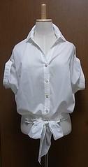 白半袖裾リボンブラウス