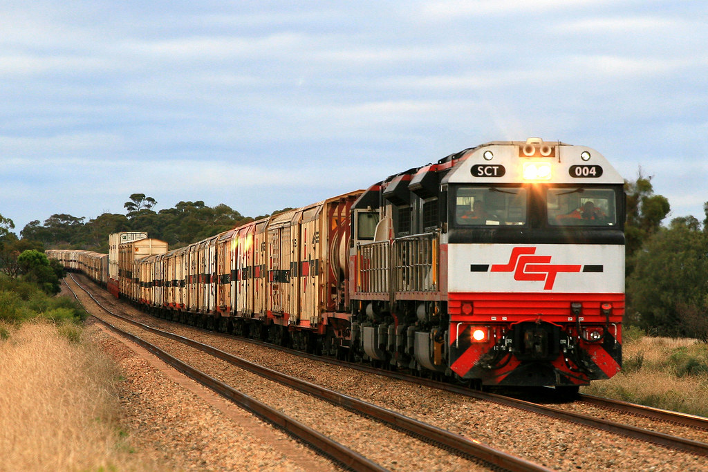 7GP1 SCT004+SCT011 by Trackside Photography Australia