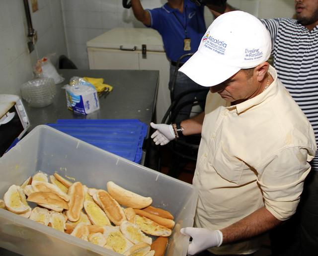 INSPECCION PUESTOS DE COMIDA ZONA NORTE DE MARACAIBO 18-06-13 (20)