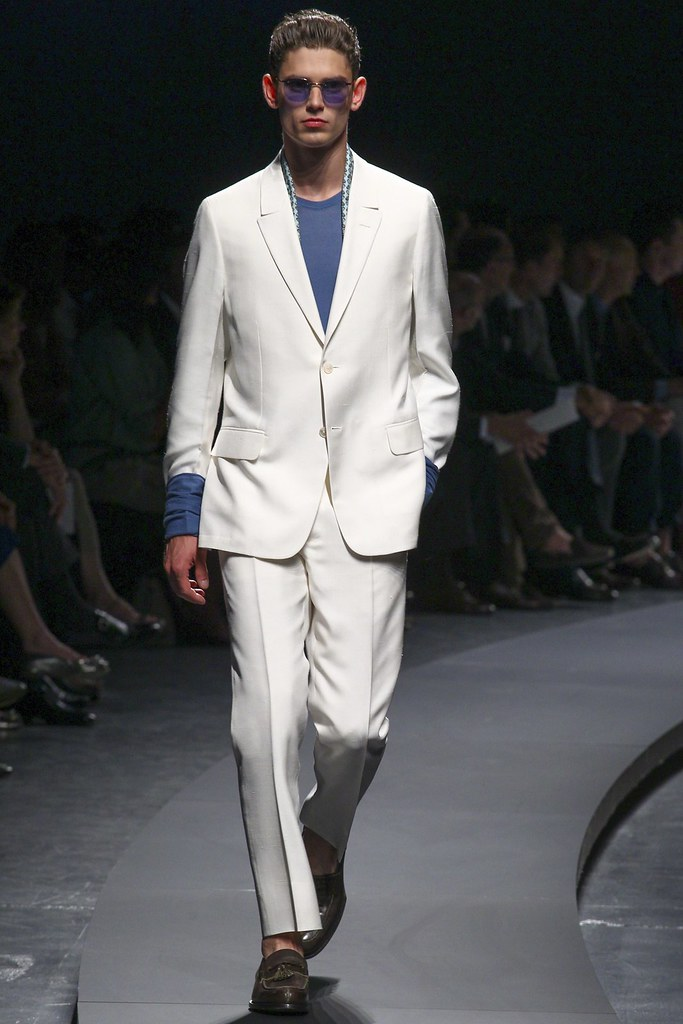SS14 Milan Ermenegildo Zegna029_Arthur Gosse(vogue.co.uk)