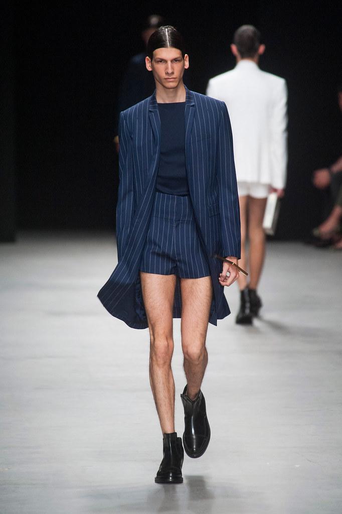 SS14 Paris Juun J.027_Sam Maouchi(fashionising.com)