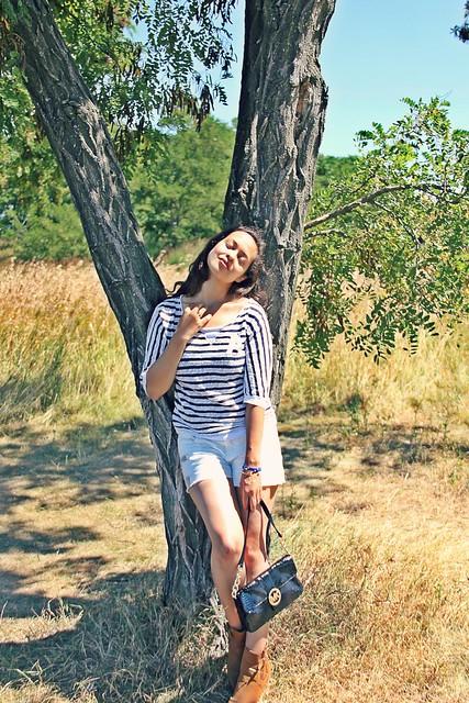 Stripes and Shorts I StylebyCharlotte.com