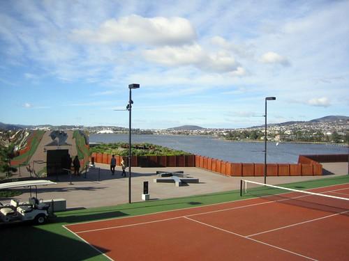 tennis_entrance