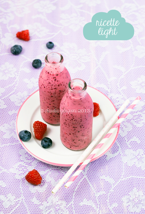 Smoothie di mirtilli e lamponi