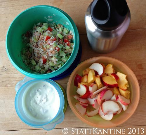 StattKantine 8. August 2013 - Reissalat mit Thunfisch, Nektarinen, Joghurt