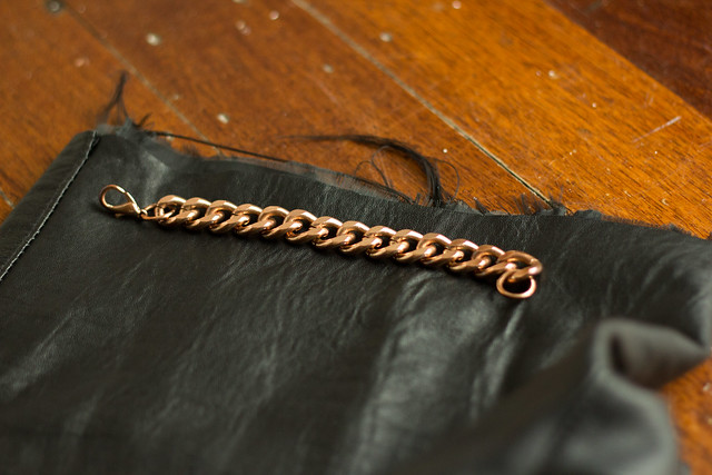 Chain leather cuff (2 of 7)