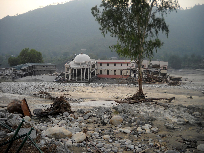 उत्तराखंड में आई भीषण तबाही के बाद की स्थिति