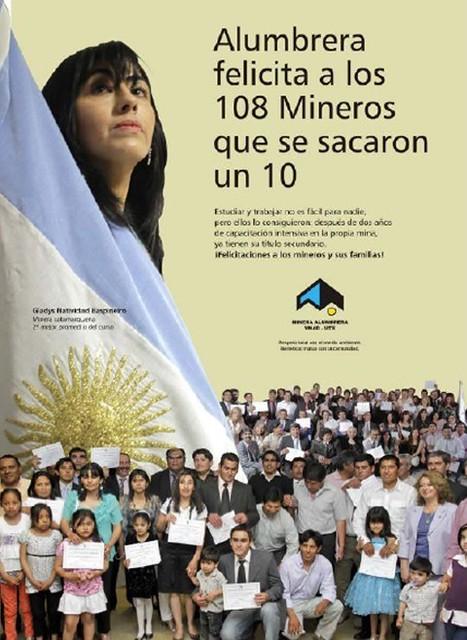 Los 108 alumnos que culminaron sus estudios secundarios en sitio