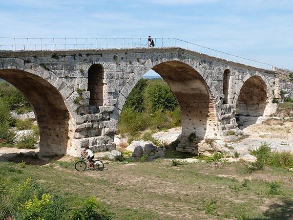 le pont julien 1