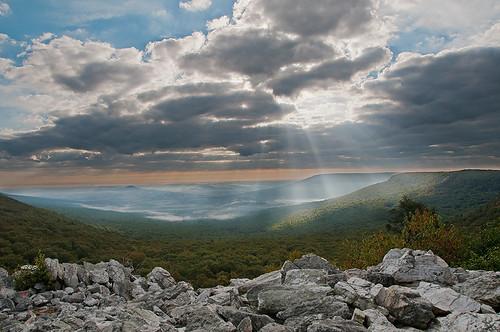 mountain nature sunrise landscape valley sunbeams hawkmountainsanctuary northlookout