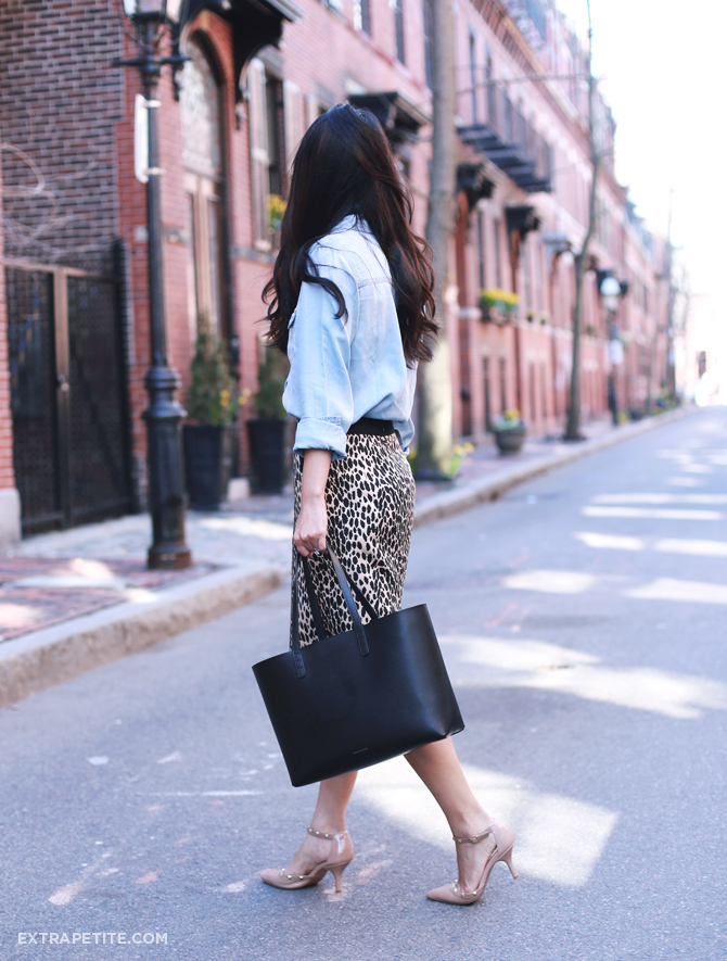 chambray shirt leopard skirt outfit