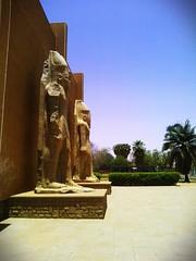 ملوك السودان القديم العظماء ترهاقا وابنه بعانخي في المتحف القومي السوداني. Old Sudan's Greatest Kings Teharqa and his son Baankhy in Susan National Museum.