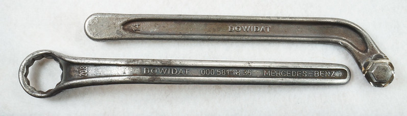 RD14651 Vintage DOWIDAT Mercedes Benz Offset Wrench 000 581 18 36 Ponton Diesel 20.8mm Plus Oil Drain Plug Wrench 14 mm DSC06105