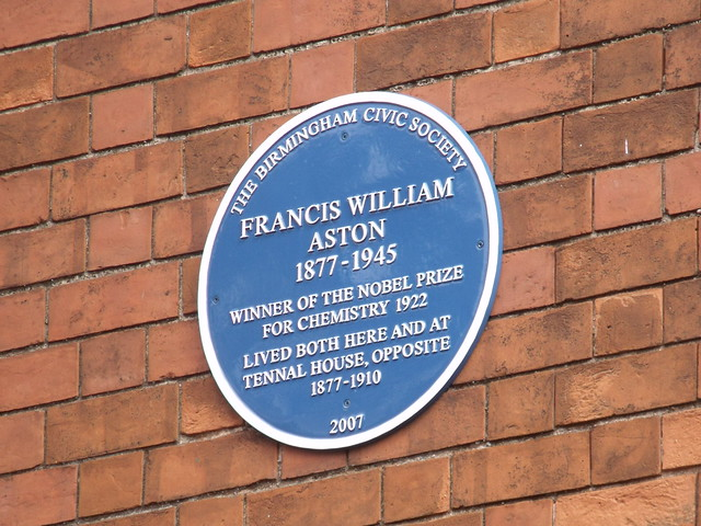 Photo of Francis William Aston blue plaque