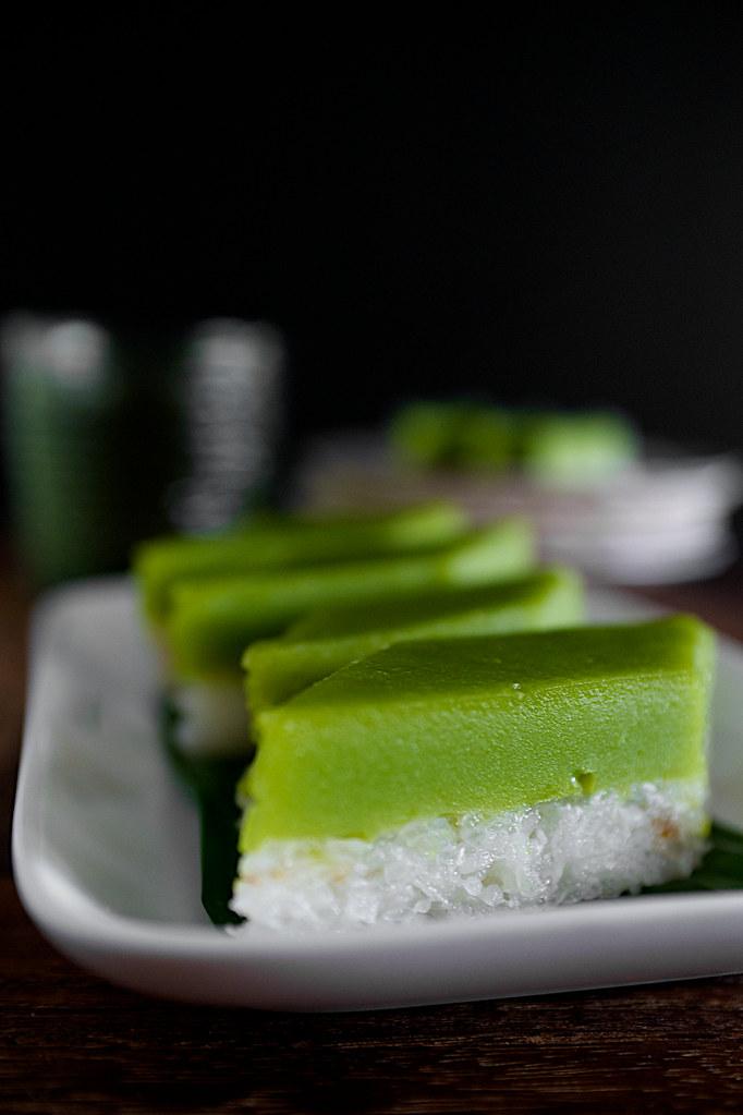 traditional seri muka nyonya kueh malay kuih