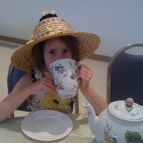Her tea cup is bigger than her head #allhailhala