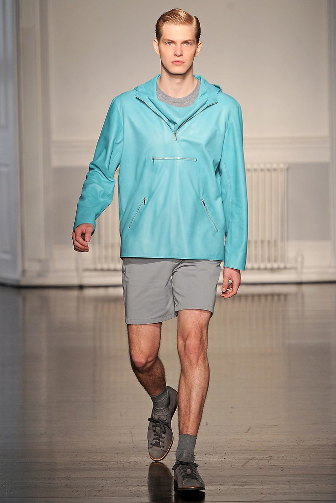 SS13 London Richard Nicoll009_Carlos Peters(VOGUE)