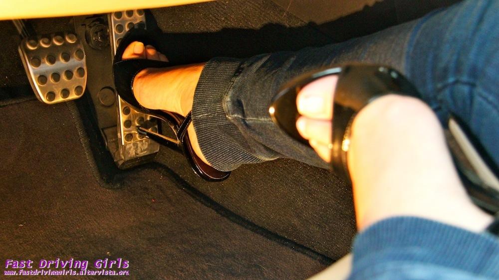 Pedal Pumping Flooring : Pics girls flooring gas pedal barefoot hot wallpaper