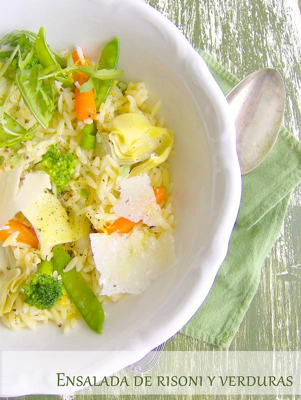 Ensalada de risoni y verduras