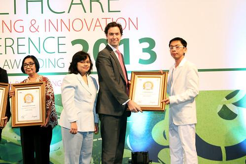 Indonesia Health Care Marketing & Innovation Conference 2013 – AXA.
