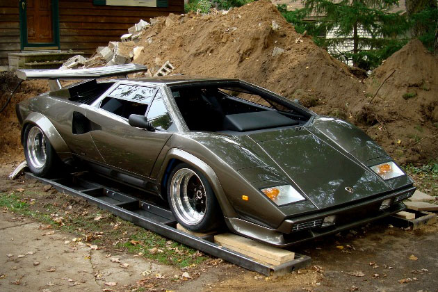 Lamborghini-Countach-Built-In-Mans-Basement-1