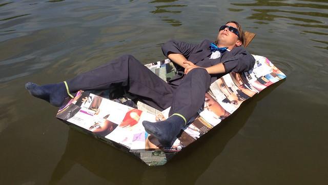 Paperboat 2.1 - Sunbathing