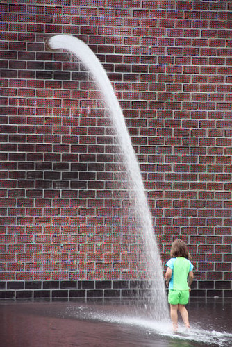 Fountains_Water-Pour-out-of-Mouth