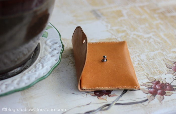 recycled leather card pouch
