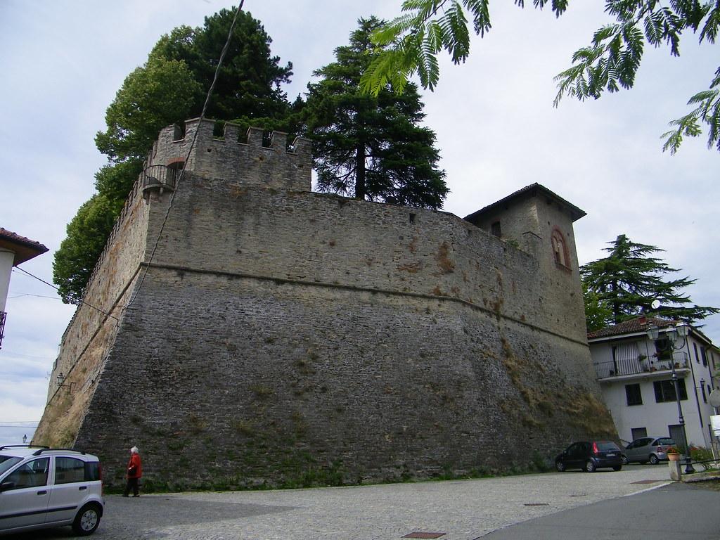 1] Melazzo (AL): il castello