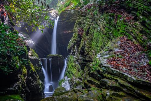 green waterfall moss outdoor scenic northcarolina sunbeam sunray linvillefalls lightray ourstate duggerscreekfalls visitnc