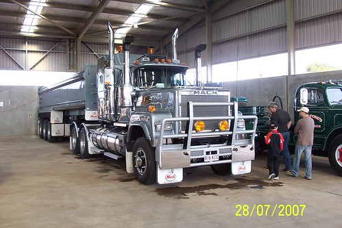 Ozzie Big Macks By Huppo Www Truckblog Co Uk