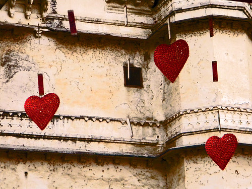 crystal hearts and mirrors (Udaipur, India)